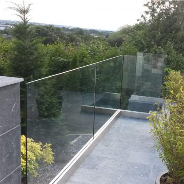 Exterior Frameless Glass Deck Railing with Aluminum U